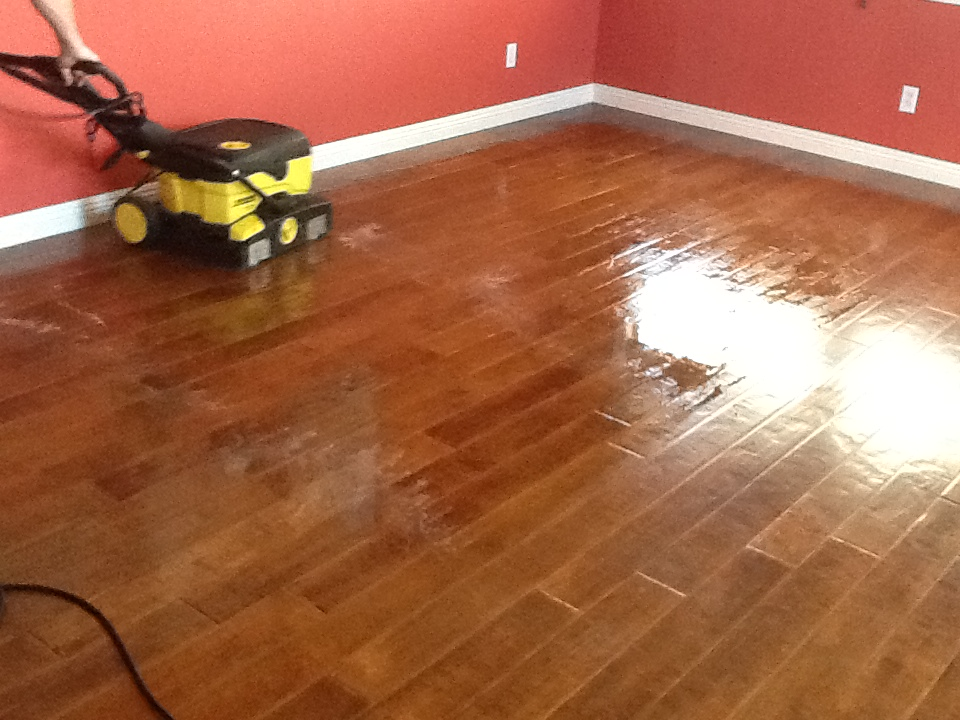 Best Ways To Clean Your Wood Floors Deluca Cleaning